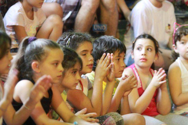 Concentrados. FotoUNOJuan Ignacio Pereira.