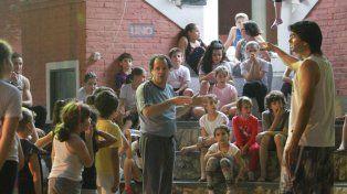Almn@s escuhando a los profesores Juanqui y Leandro Bogado. FotoUNOJuan Ignacio Pereira.