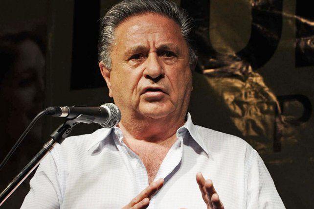 Duhalde dijo que si el oficialismo pierde las legislativas se viene todo abajo