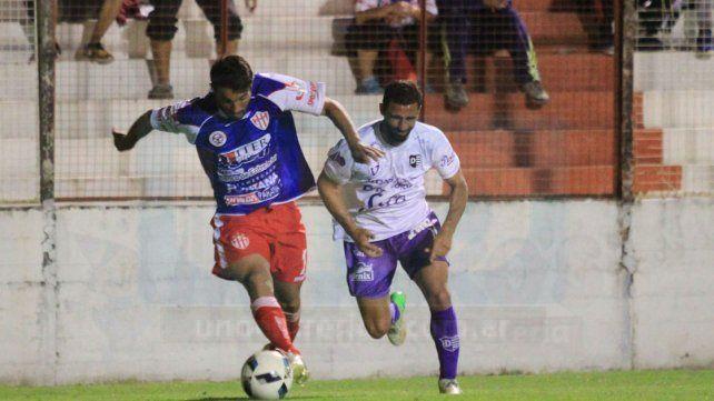 Sergio Chitero jugó el lunes su primer encuentro como titular en la era Darío Ortiz.