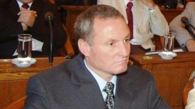 Senador Ballestena.