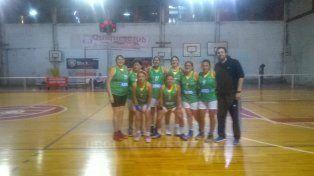 Para la foto. El equipo de Parque Berduc de Paraná es otro de los animadores del campeonato en la capital provincial.