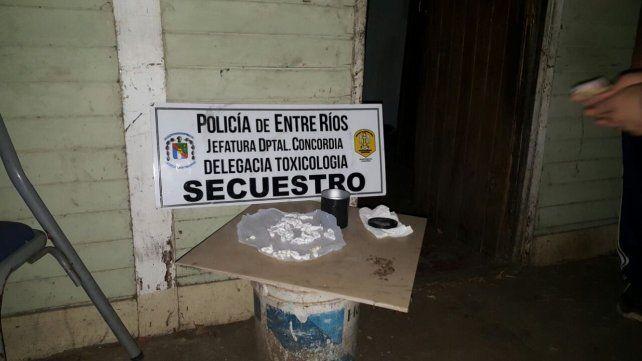 La Policía secuestró un centenar de cebollines de cocaína en Concordia