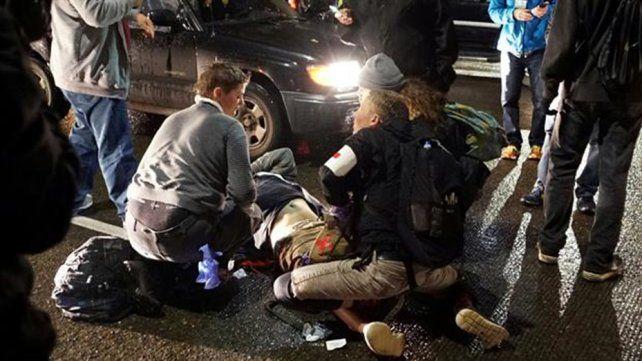 Un herido de bala en una protesta contra Donald Trump