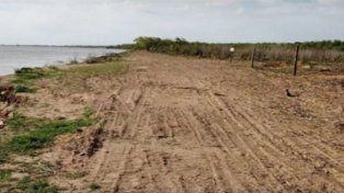Registro. Las fotos muestran la deforestación en el islote.