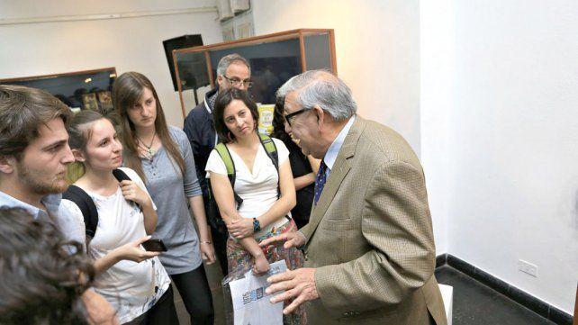 Exponen los libros  prohibidos de la dictadura
