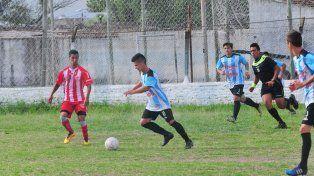 Belgrano se quedó con el clásico y condenó a Atlético Paraná a jugar por el descenso