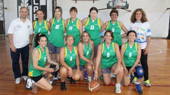 Parque Berduc conjuga el básquet y la organización.