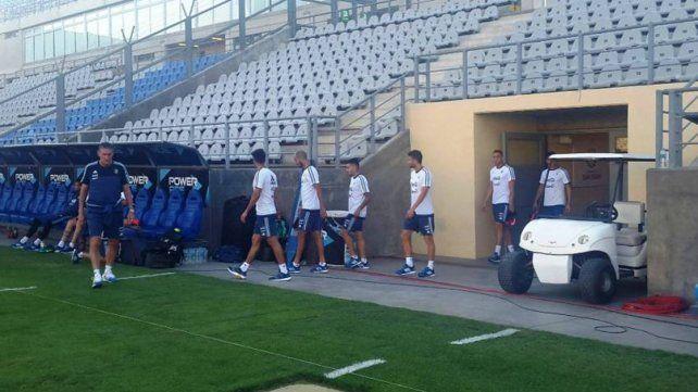 Argentina entrenó a puertas cerradas y Bauza confirmó el once inicial