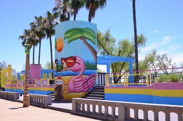 Habilitaron las playas del Municipal y Bajada Grande pero no la del Thompson