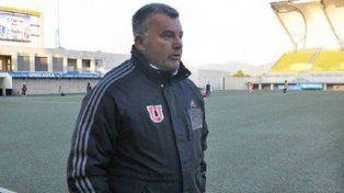Humbertito Grondona salió a dirigir con el buzo de otro equipo