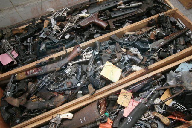 Diputados aprob un proyecto para endurecer penas por for Porte y tenencia de armas