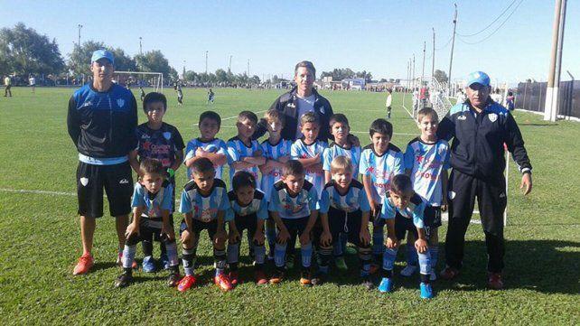 Ante un grande. Los chicos de la categoría 2008 de Belgrano vencieron 2 a 1 a Nacional de Uruguay en el Valesianito 2016.