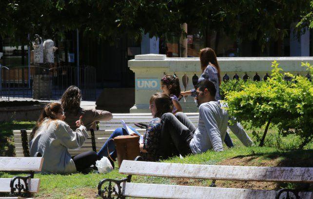 En Paraná los días están ideales para disfrutar al aire libre. Foto UNO Diego Arias.