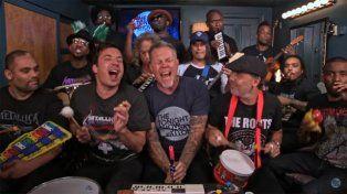 Metallica tocó un clásico con instrumentos de juguete
