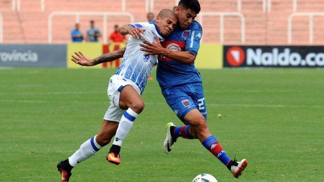 Godoy Cruz venció a Tigre en Mendoza