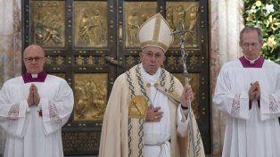 Francisco puso fin al Jubileo y pidió no cerrar la puerta de la reconciliación y el perdón