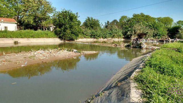 Necesidad concreta. La contaminación del agua preocupa a los habitantes de la zona.