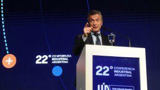 Macri auguró que en el 2017 la economía volverá a crecer tras un año duro