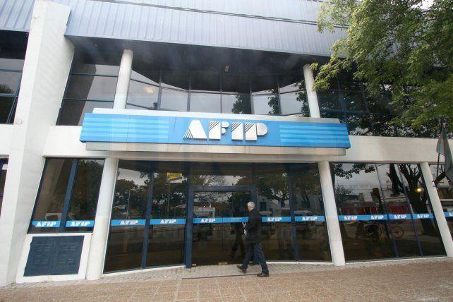 Trabajadores de la AFIP cortan la atención al público este miércoles