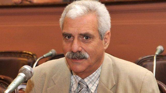 Osvaldo Viano.