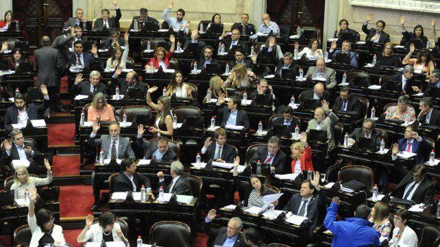 Diputados aprobaron la ley que autoriza al Estado a importar y distribuir el aceite de cannabis