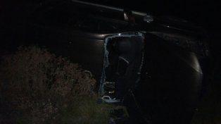 Cinco personas fueron hospitalizadas luego de que un auto volcara en la ruta provincial 32