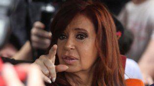 Cristina apeló ante la Cámara la decisión de Bonadio para no pasar mañana por Tribunales