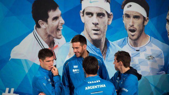 Los jugadores juntos en la previa a la final ante Croacia.