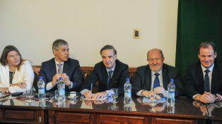 Decisión. Frigerio había dicho que sobraban votos para la reforma. El oficialismo se mostró sorprendido.