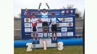 IMAGEN REPETIDA. Subirse a lo más alto del podio es una sana costumbre que reitera Nicolás Rubattino.