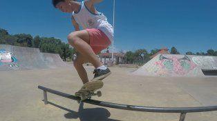 La baranda es uno de los arreglos pendientes en el skatepark. Foto UNOJuan Manuel Kunzi.