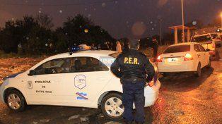 La policía trabajando en Anacleto Medina. Foto UNO Archivo Diego Arias.