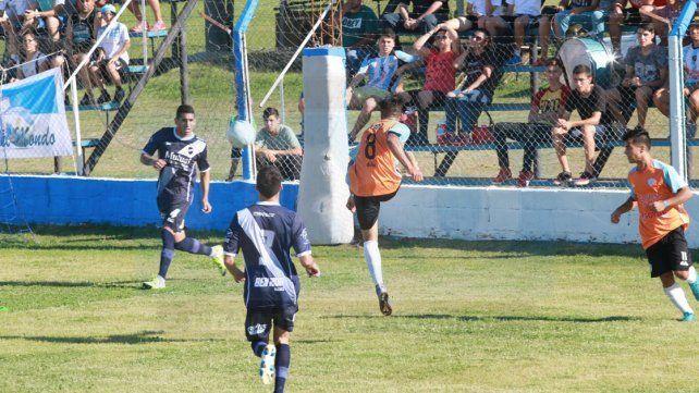 Belgrano tuvo su momento en los primeros 25 minutos del encuentro.