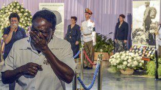 Los cubanos despiden a Fidel Castro en la Plaza de la Revolución