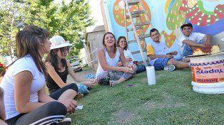 Todos juntos. En el Hospital de Día El Edén de Concepción asisten unos 40 pacientes.