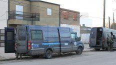 Bloqueado. El 25 de junio de 2015 la Federal irrumpió en seis viviendas de Mosconi.