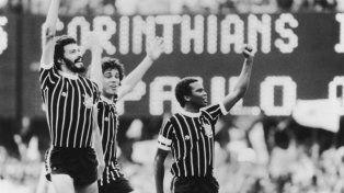 Jugaban. El Corinthians y un plantel afín al activismo político en épocas de represión.