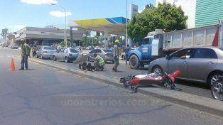 Un motociclista se accidentó en avenida Almafuerte