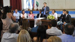 Bordet: Tenemos garantizado el pago de sueldos y el aguinaldo