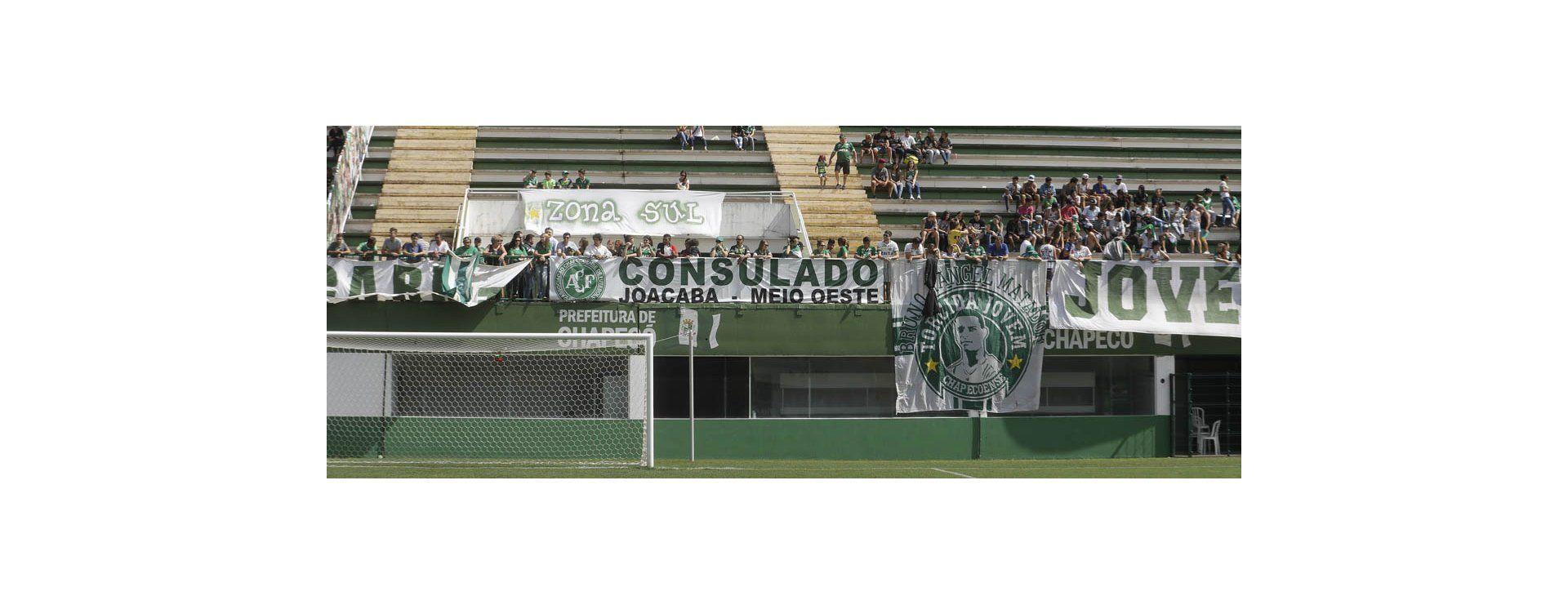 El mundo entero lamenta tragedia del Chapecoense de Brasil