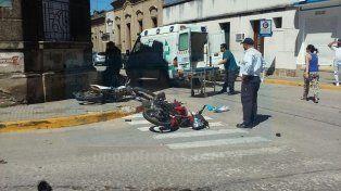 Ambos motociclistas circulaban sin casco reglamentario
