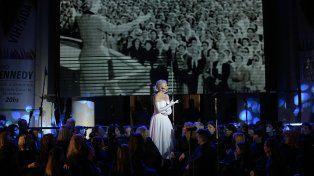 El Coro Kennedy brilló en el cierre de la Semana del VIH/SIDA