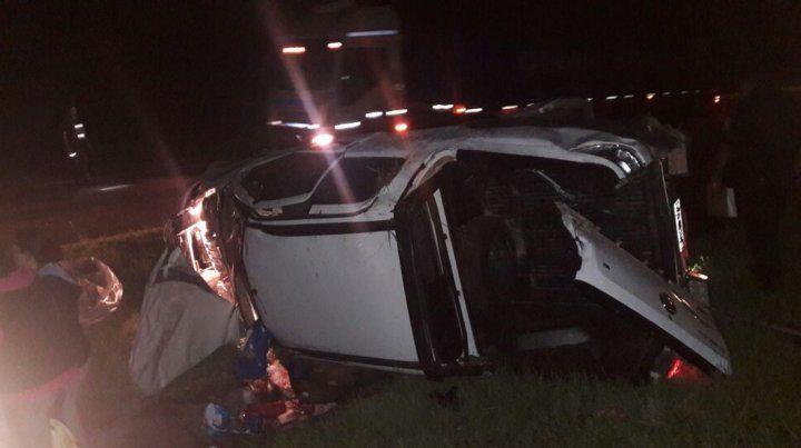 Falleció una beba al volcar el vehículo en el que viajaba con su familia