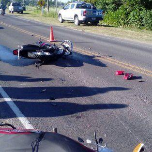 Dos motos chocaron de frente en la ruta provincial 11