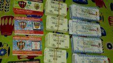 Talonarios de entradas para el partido entre Patronato y River en la B Nacional.