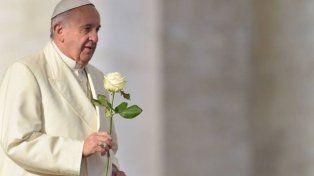 Si querés saludar al Papa por su cumpleaños aquí están sus direcciones de correo