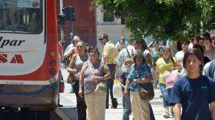 En Paraná el paro de colectivos será el lunes por la noche