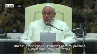 Francisco hizo reir a sus fieles con una costumbre argentina