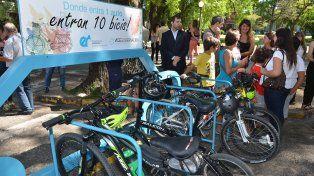Presentaron un estacionamiento de bicis para empleados de Casa de Gobierno
